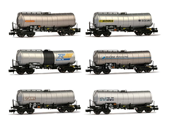 SNCF, 6-unit display 4-axle tank wagons